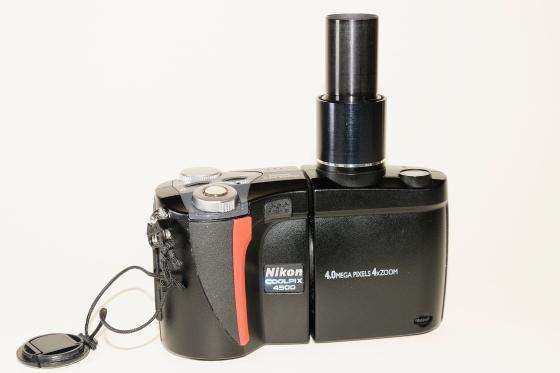 Mikroskop-Adapter an Nikon Coolpix 4500