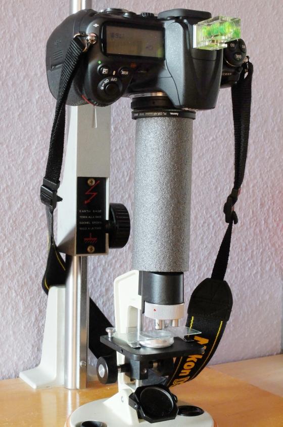 Nikon D300s an Meopta AZ2.